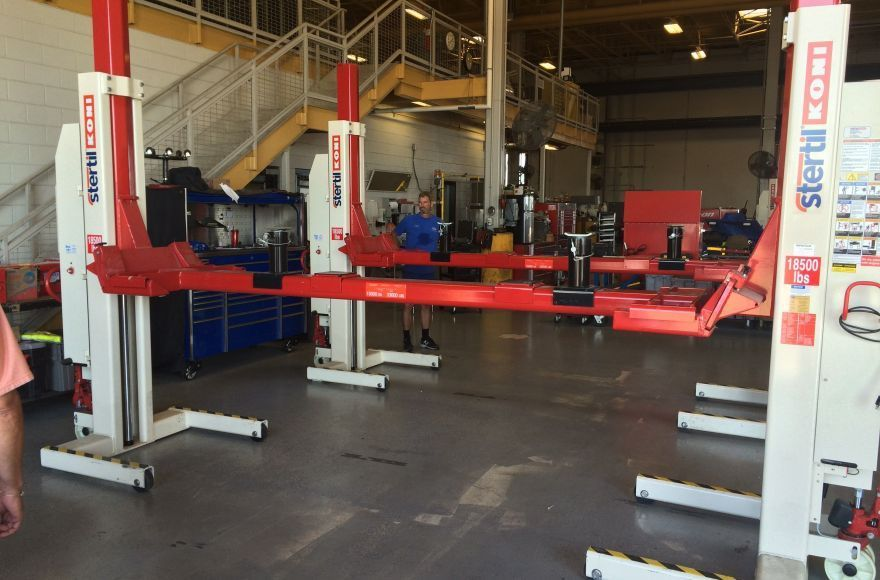 Stertil-Koni Crossbeam Adapter for Heavy Duty Mobile Column Lifts