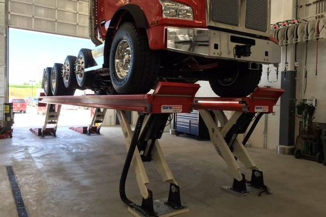 SKYLIFT truck lift