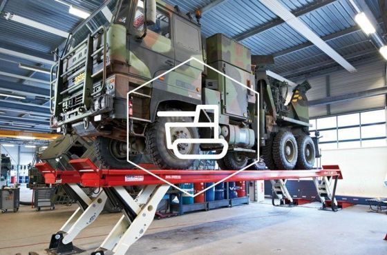Stertil-Koni Heavy Duty Military Vehicle Platform Lift SKYLIFT