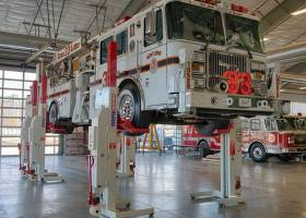 Stertil-Koni Heavy Duty Lifts Mobile Column Lifts