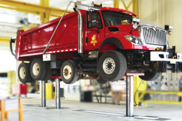 DIAMONDLIFT red truck