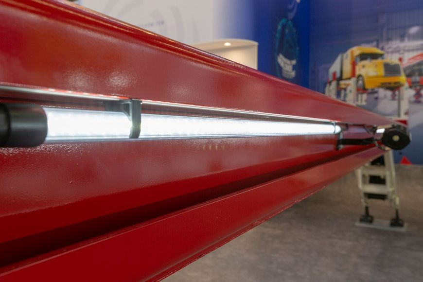 SKYLIFT new LED high-performance lighting for platform lifts
