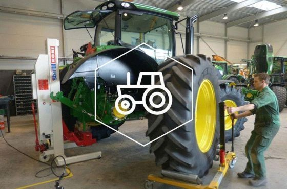 Stertil-Koni Heavy Duty Mobile Column Lifts for Tractor or Agriculture Use